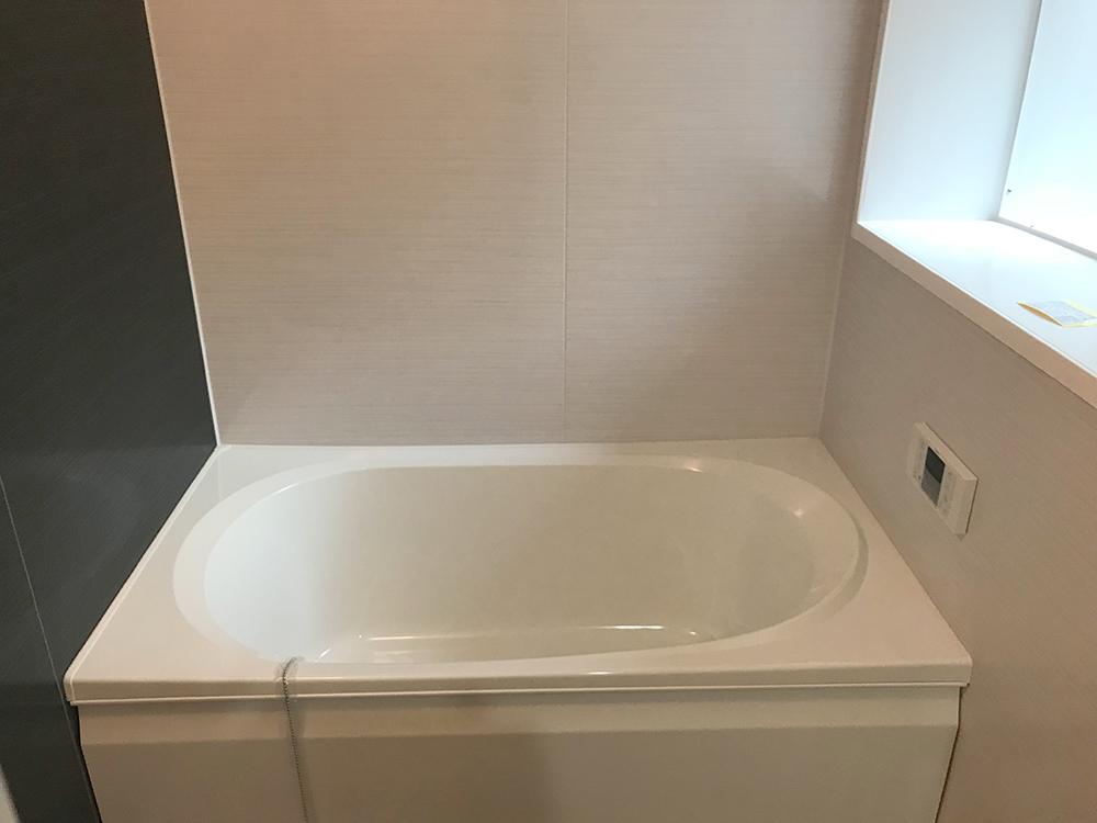 ファミリータイプ 浴室 (3)